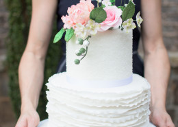 simple wedding cake inspiration
